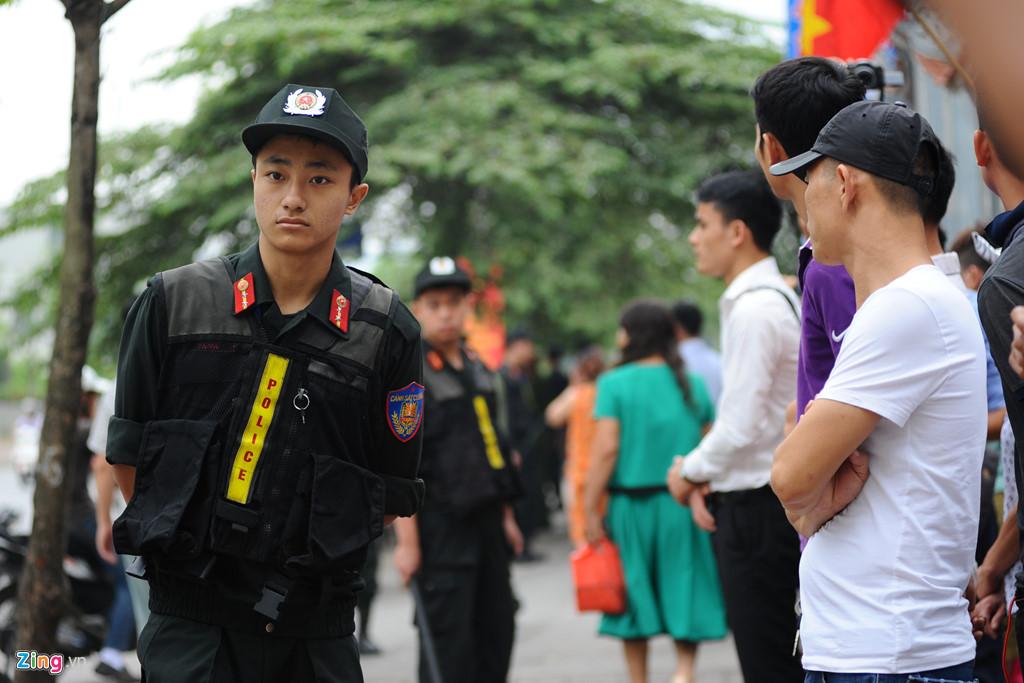 Вьетнамские полицейские арестовали организаторов незаконных игорных заведений